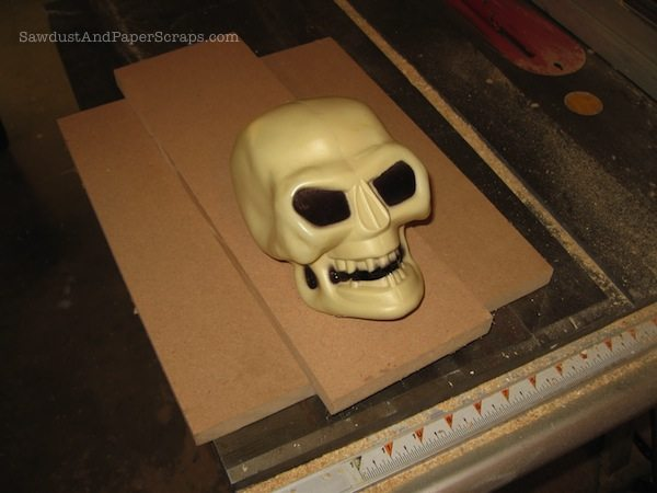 Halloween skull bookend tutorial