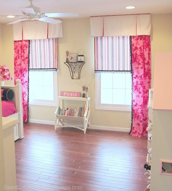 how high to hang curtains sawdust girl. Black Bedroom Furniture Sets. Home Design Ideas