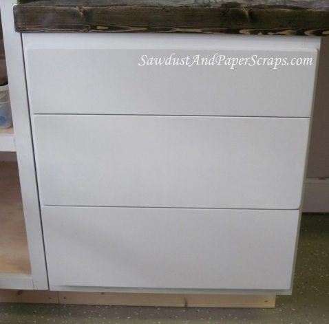 Attaching cabinet drawer fronts sawdust girl for Attaching kitchen cabinets