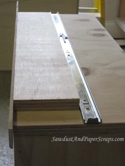 Installing drawer glides http sawdustgirl com 2012 03 09 installing