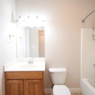 Disaster Bathroom…Help Needed!