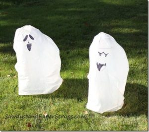 Trash Bag Ghosts {Kids Corner}