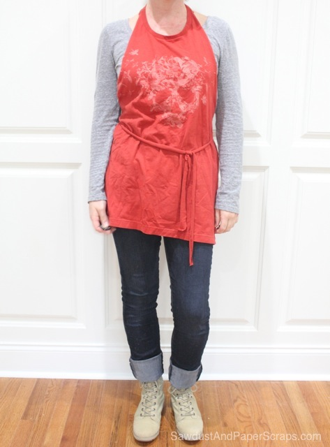 No Sew T-Shirt Apron Tutorial