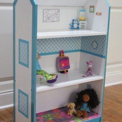 Turn a bookcase into a Dollhouse