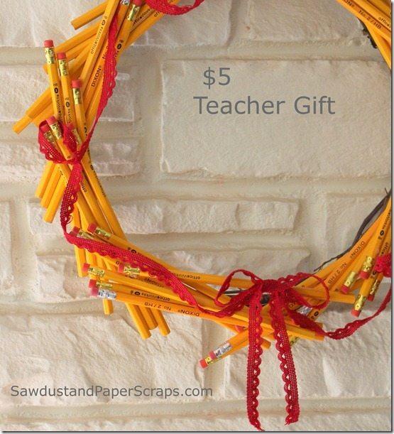 Teacher Gift Pencil Wreath Sawdust Amp Paper Scraps