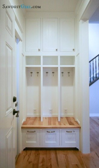 Built-in locker bench plans