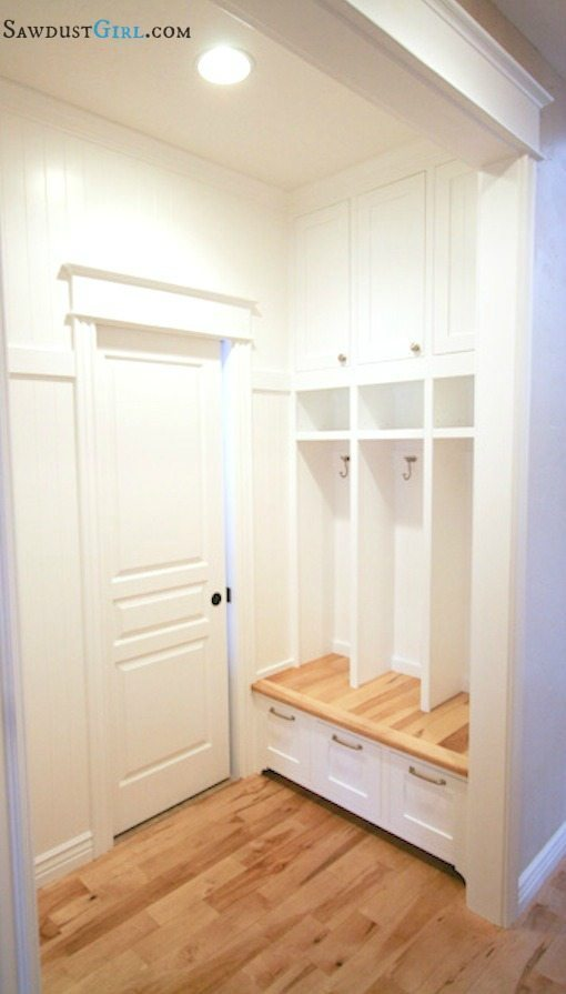Built-in lockers. Awesome for mudroom or laundry room. https://sawdustgirl.com