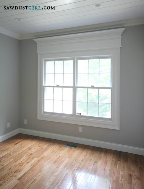 Door and window trim molding with a decorative header for Window molding ideas