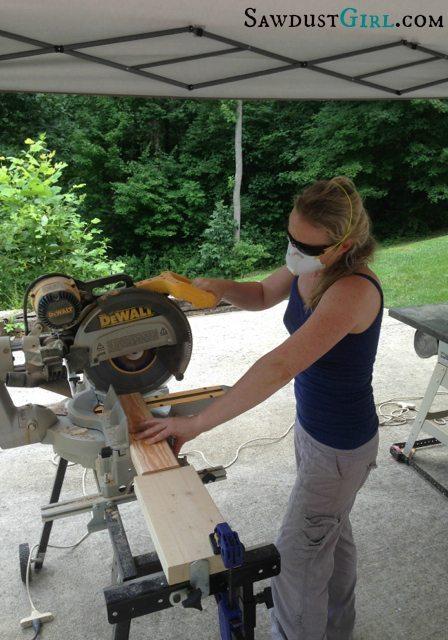 x-leg bench tutorial_ SawdustGirl.com