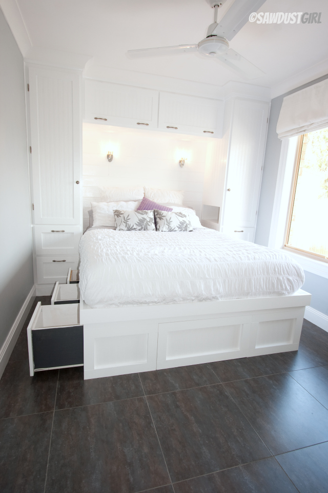 Built-in Platform Storage Bed