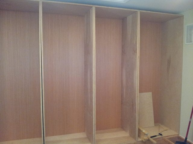 Building custom wardrobes in closet