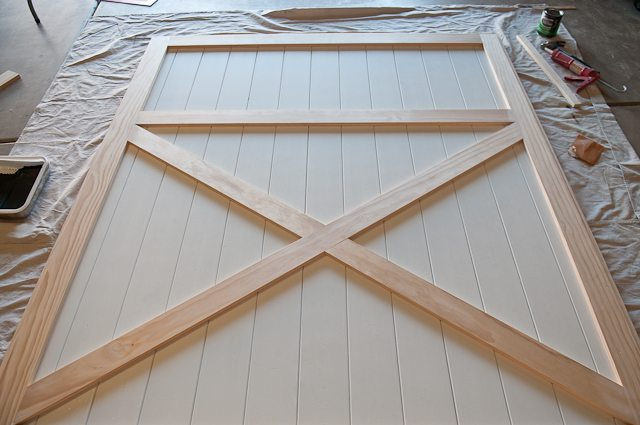 building-barn-door