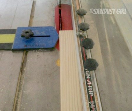 cutting-strips-on-table-saw
