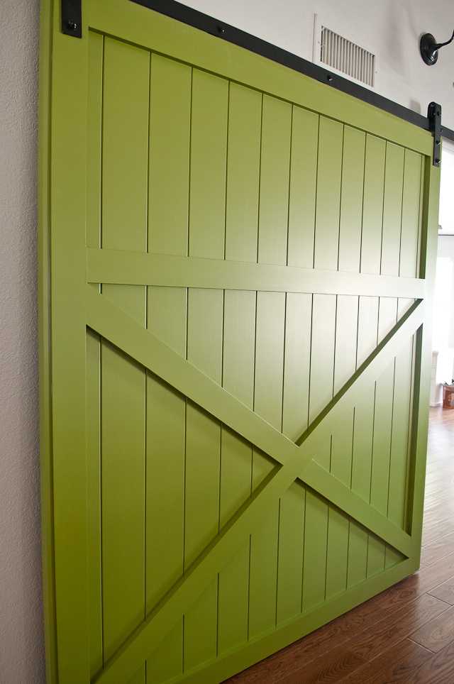diy-sliding-barn-door