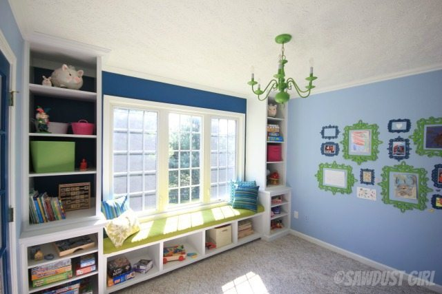 Awesome playroom.   http://sawdustdiaries.com