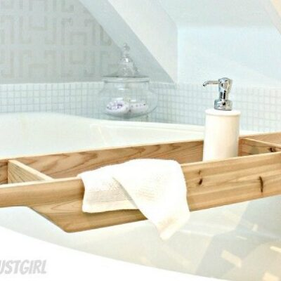 DIY Gift Ideas: Cedar Bathtub Caddy