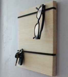 DIY Gift Ideas: $5 Organizer Board