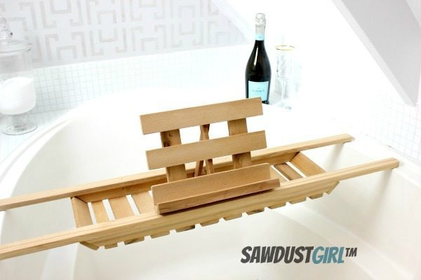 Easy DIY Bath Caddy - Cedar Woodworking Project - Sawdust Girl®