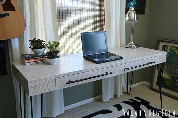 Cool diy plywood desk featured on https://TheSawdustDiaries.com
