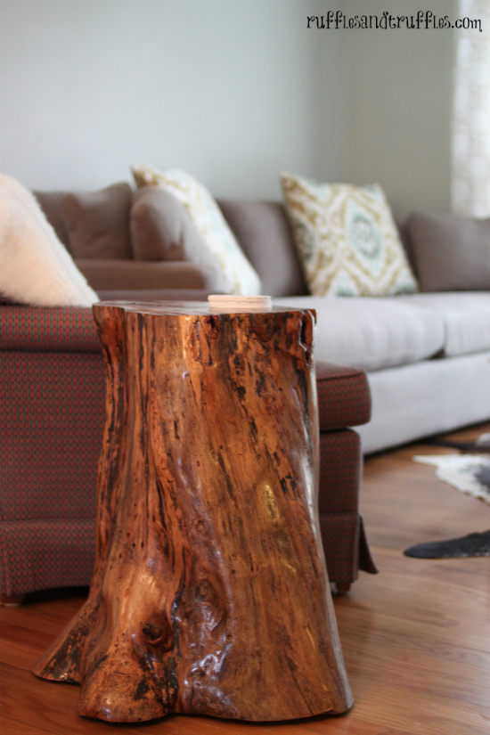 Amazing diy tree-stump table