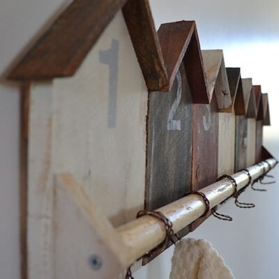 Cabin shaped Coat Rack