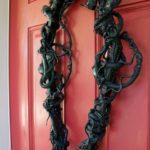 Snake Coffin Wreath – Easy DIY Halloween Decoration