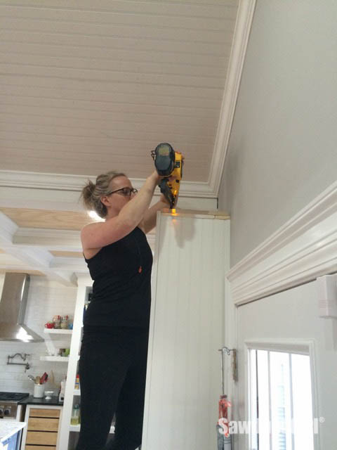 justagirlandherblog to cabinet install girl her kitchen crown com blog with a cabinets just molding final add and how