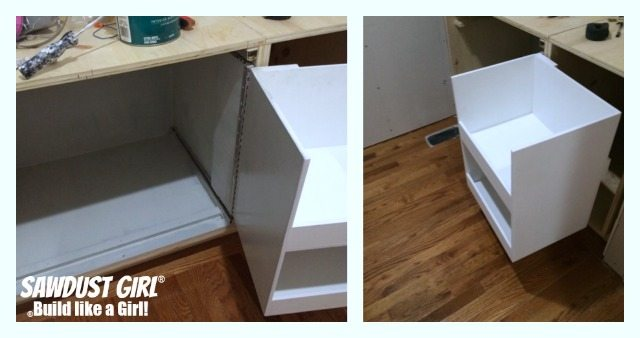 Build a blind corner cabinet with NO wasted space! Plan and tutorial from : & DIY corner cabinet with NO wasted space! - Sawdust Girl® kurilladesign.com