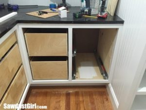 Pantry Update: Blind Corner, Drawers and Countertops