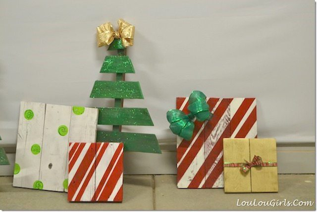 Pallet wood Christmas Tree and Presents – Jessica @ LouLou Girls