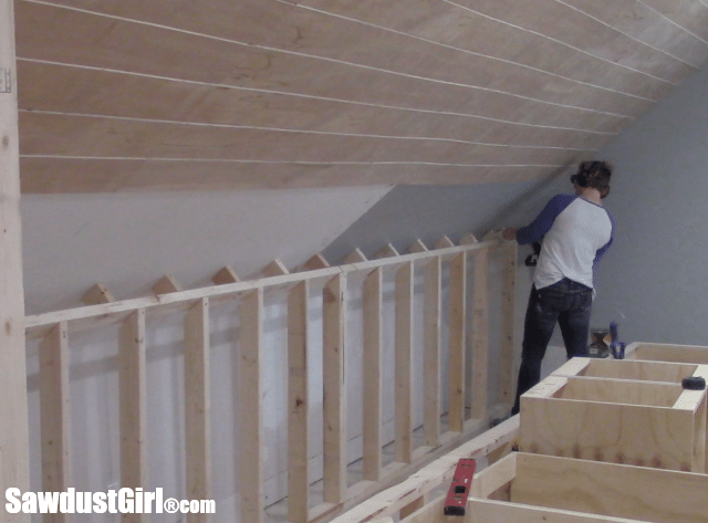 Moving extension wall