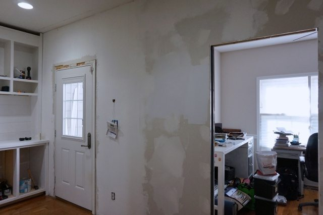 drywall-patch-skimcoat-paint01