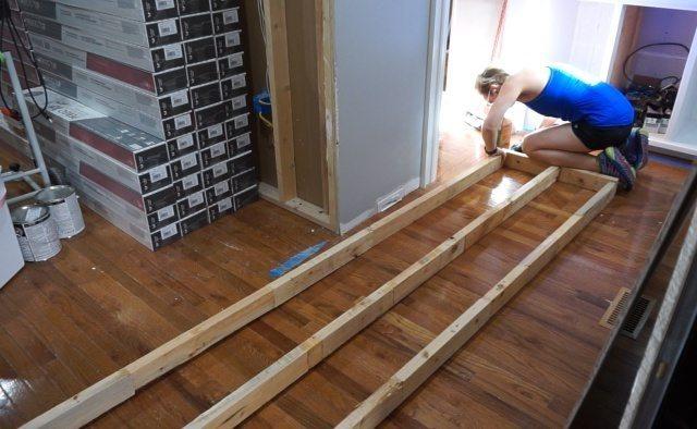Framing a wall extension