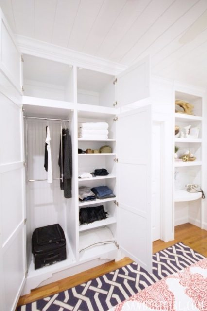 Closet solutions in tiny bedrooms