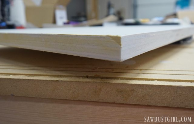 Filling plywood edges before painting