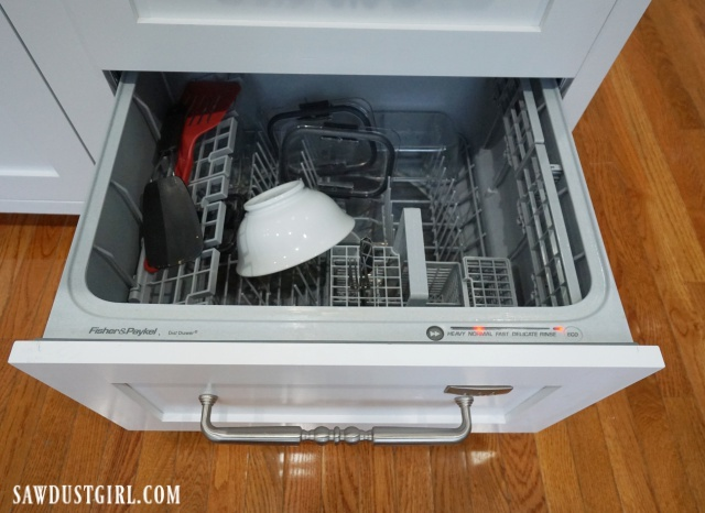 Bottom drawer of double dishwasher