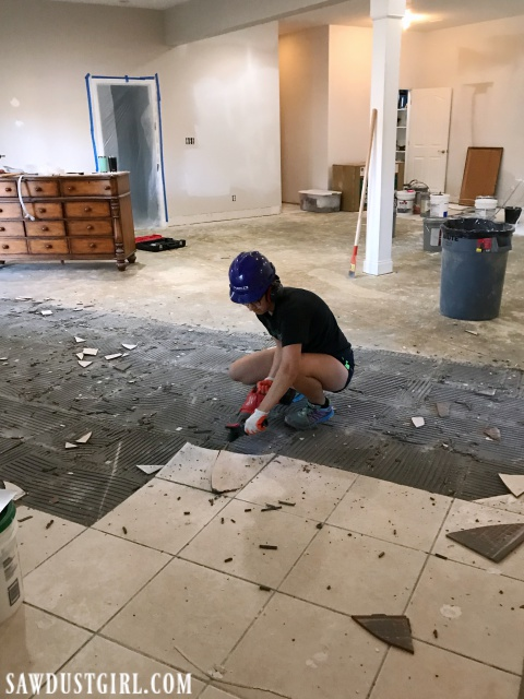 Removing tile from concrete subfloor